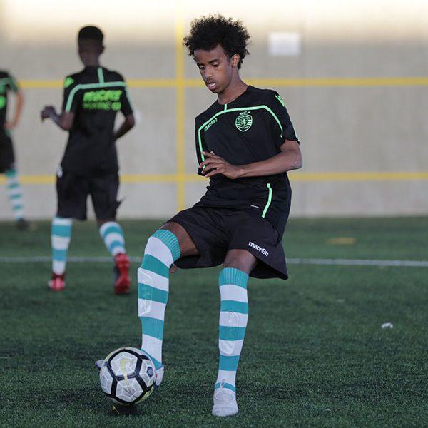 Bashir Huseen Bashiir, syntynyt 2005, sai valintansa jälkeen mahdollisuuden harjoitella yhdessä maailman parhaista akatemioista.