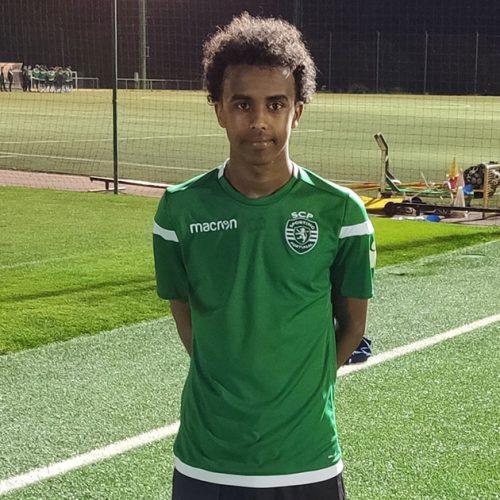 PITÄÄ MAHDOLLISUUDESTA: Bashir Bashiir pääsi try-out leirille Sportingiin viime vuonna.