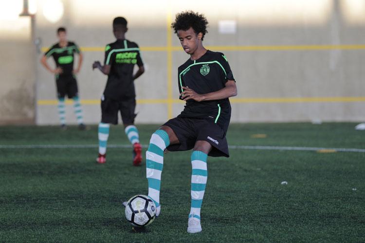 Bashir Bashiir harjoittelemassa Sporting CP:ssä Lissabonissa viime vuonna. Bashir on yksi NF Scholarship -pelaaja
