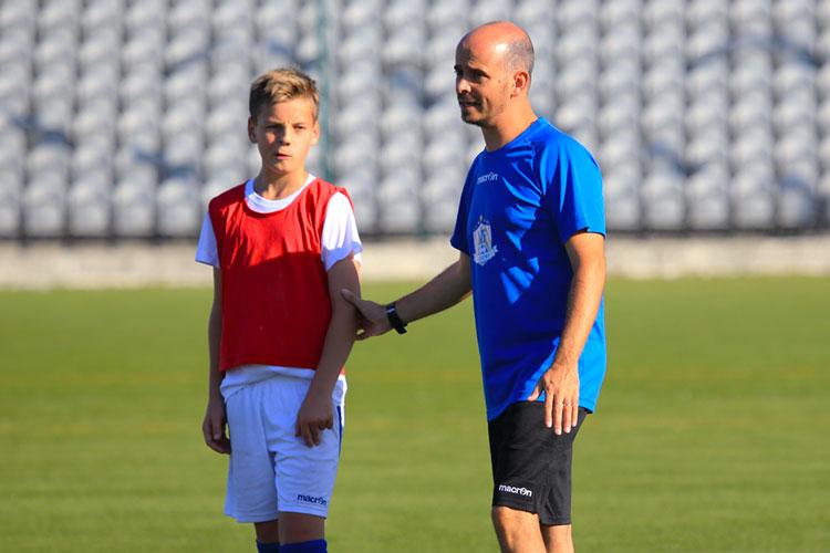 Kimi Storsjö arvostaa NF Academyltä viimeisten kolmen vuoden aikana saamiaan neuvoja ja valmennusta todella paljon matkallaan jalkapalloilijana