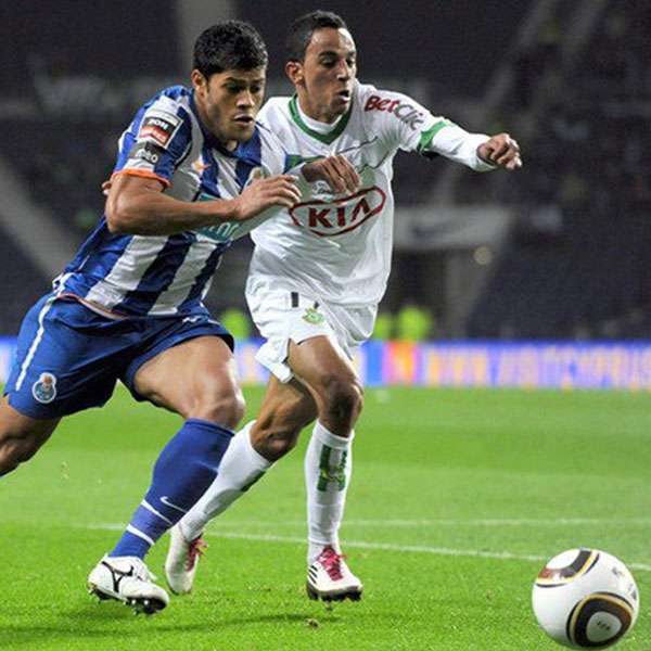 Zeca debyytti Portugalin 1-liigassa Victoria FC:n paidassa, ottelussa FC Portoa vastaan